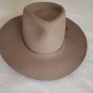 """Akubra """"Bobby"""" Hat"""